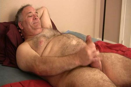 Gat granpa jerk off together